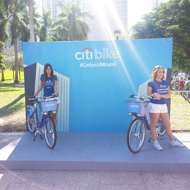 CitiBike Outdoor Trade Show Display from Binick Imaging