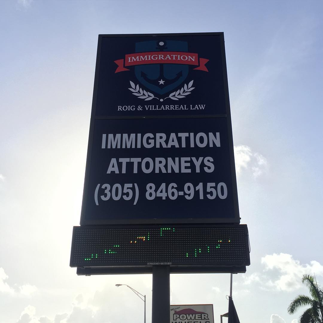Roig & Villarreal Law Sign from Binick Imaging in Miami