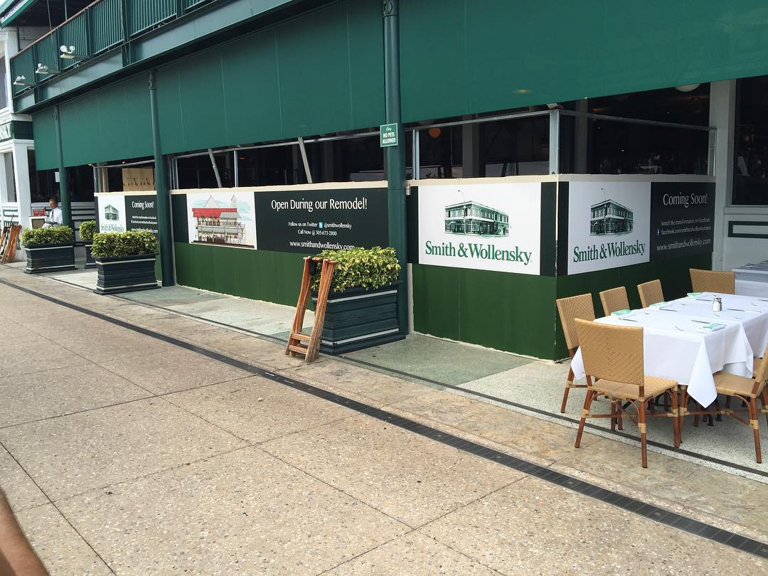 Smith & Wollensky Barricade Signs from Binick in Miami